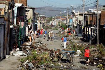 hurricane-superstorm-sandy-hits-cuba_60721_600x450
