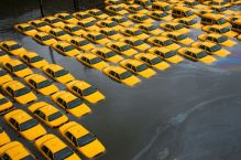 hurricane-superstorm-sandy-hits-taxi_60731_600x450