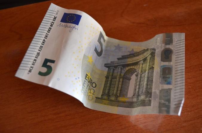 5 euros cara a